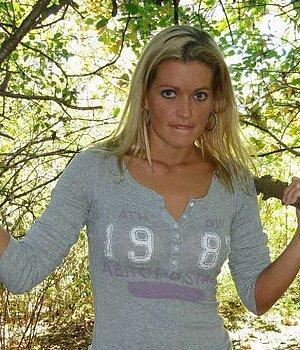 Sandy (26) aus Neunkirchen/Saar - Mann für Sex gesucht