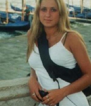 Sexy Blondine (24) aus Garbsen sucht Sexkontakt